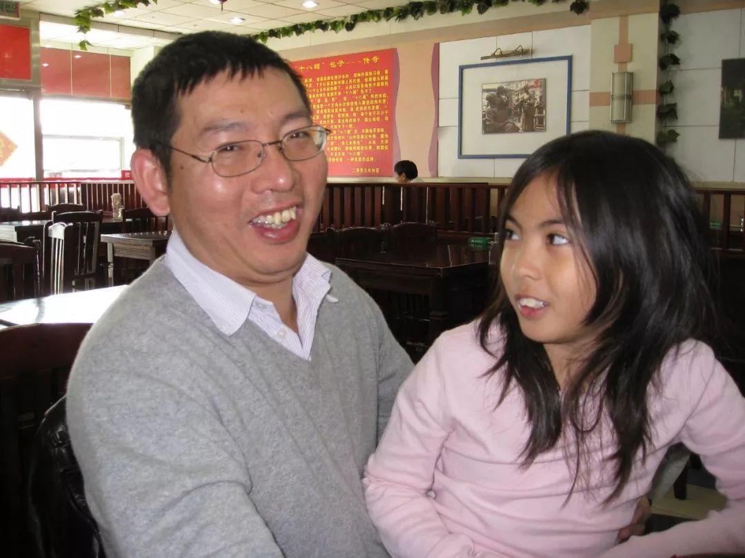 7年! 中国生父终于从白人养父手中夺回女儿 然而故事的结局竟这么狗血!