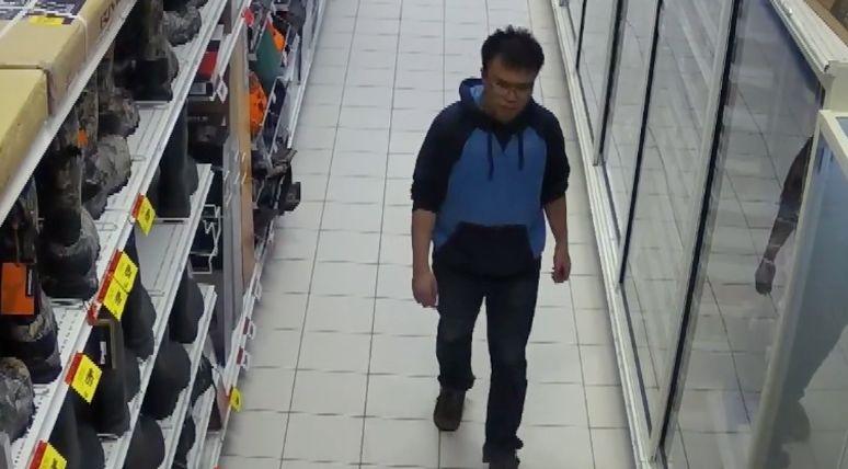 残忍! 大温华人小伙随机连杀两人 刀捅斧砍 自称以为在打电脑游戏