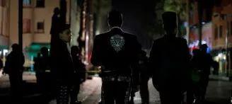 凶残! 墨西哥爆血腥枪击 枪手当街扫射 多人死伤 最小的才12岁!