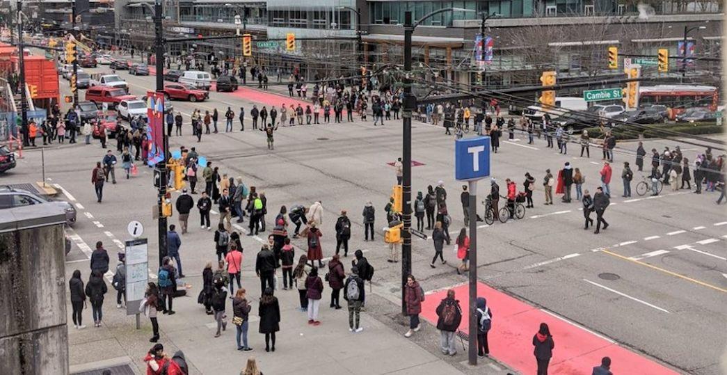 突发! 加拿大全国爆发抗议 温哥华已沦陷 多人被捕 交通瘫痪!