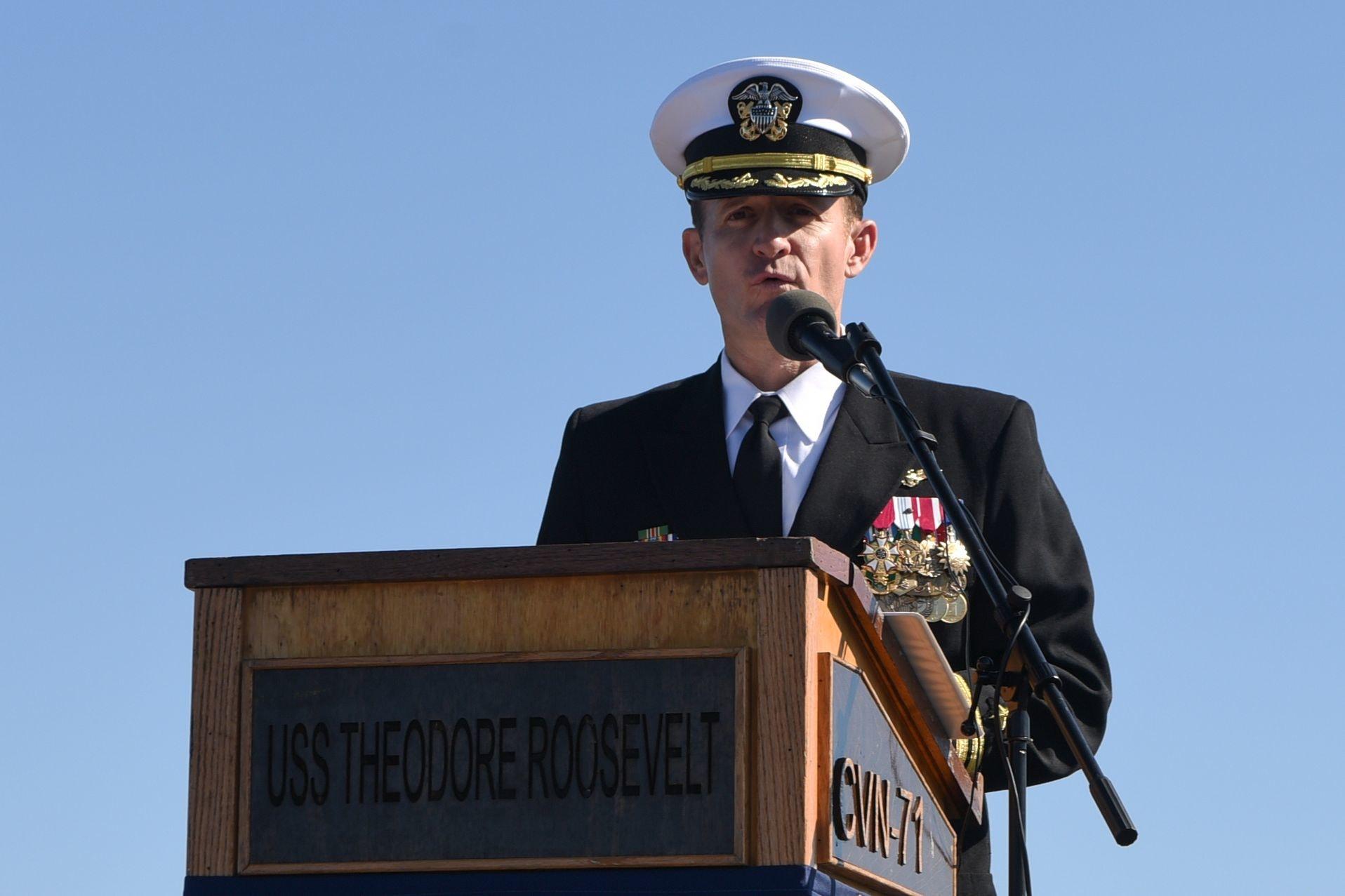 上周被撤职的「罗斯福号」航母舰长经新冠病毒的检测证实为阳性。(Getty Images)