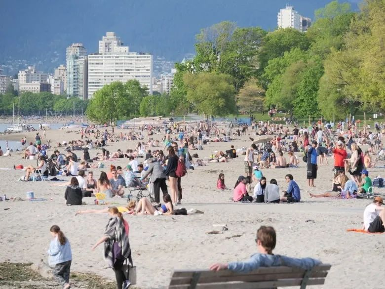 突发! BC进入解封第3阶段 开放旅游! 加拿人倾巢出动 确诊者也出来嗨了!